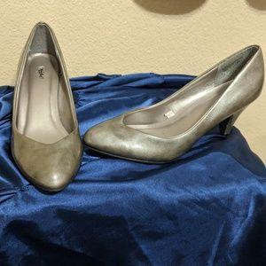 """Grey Professional 2 in"""" Heels"""